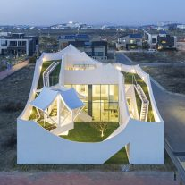 10-flying-house-iroje-khm-architects-foto-sergio-pirrone