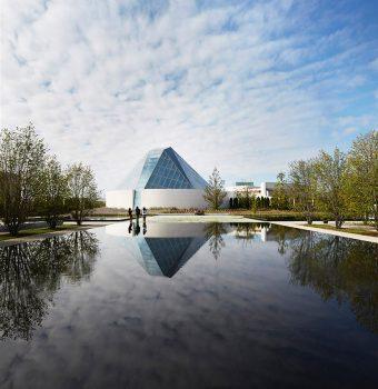 01-aga-khan-park-van-dyke-landscape-architects