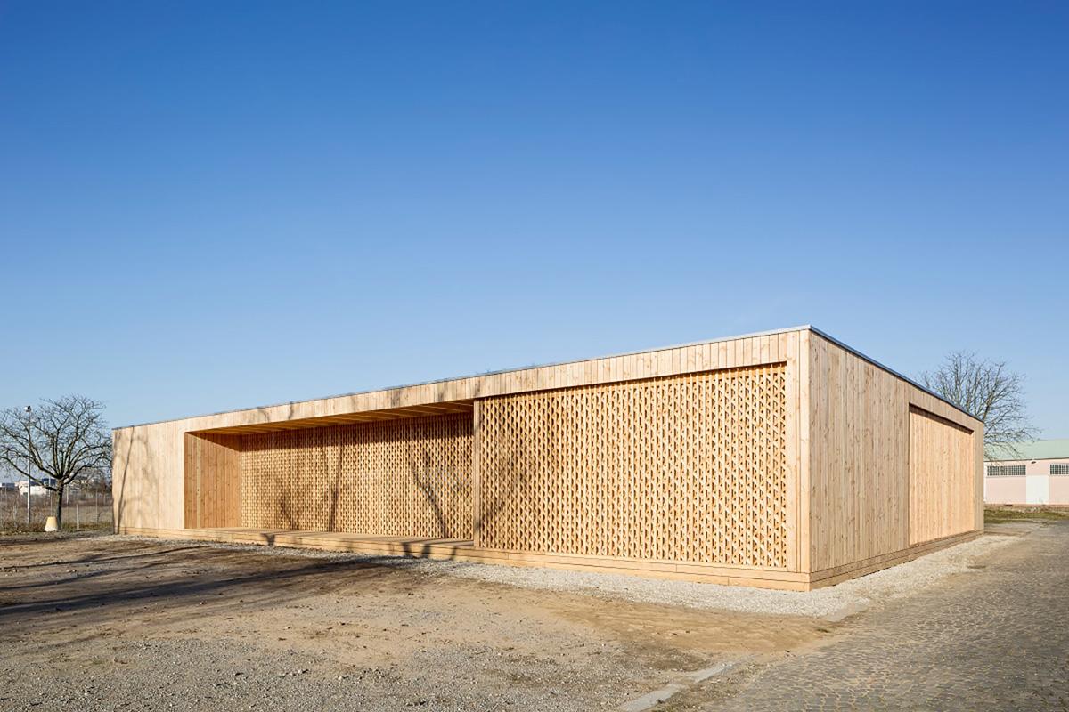 01-community-centre-spinelli-barracks-mannheim