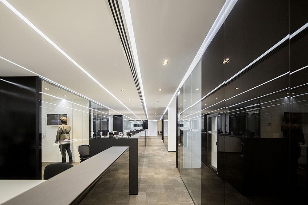 02-arquitectura-chilena-aurus-albert-tidy-arquitectos