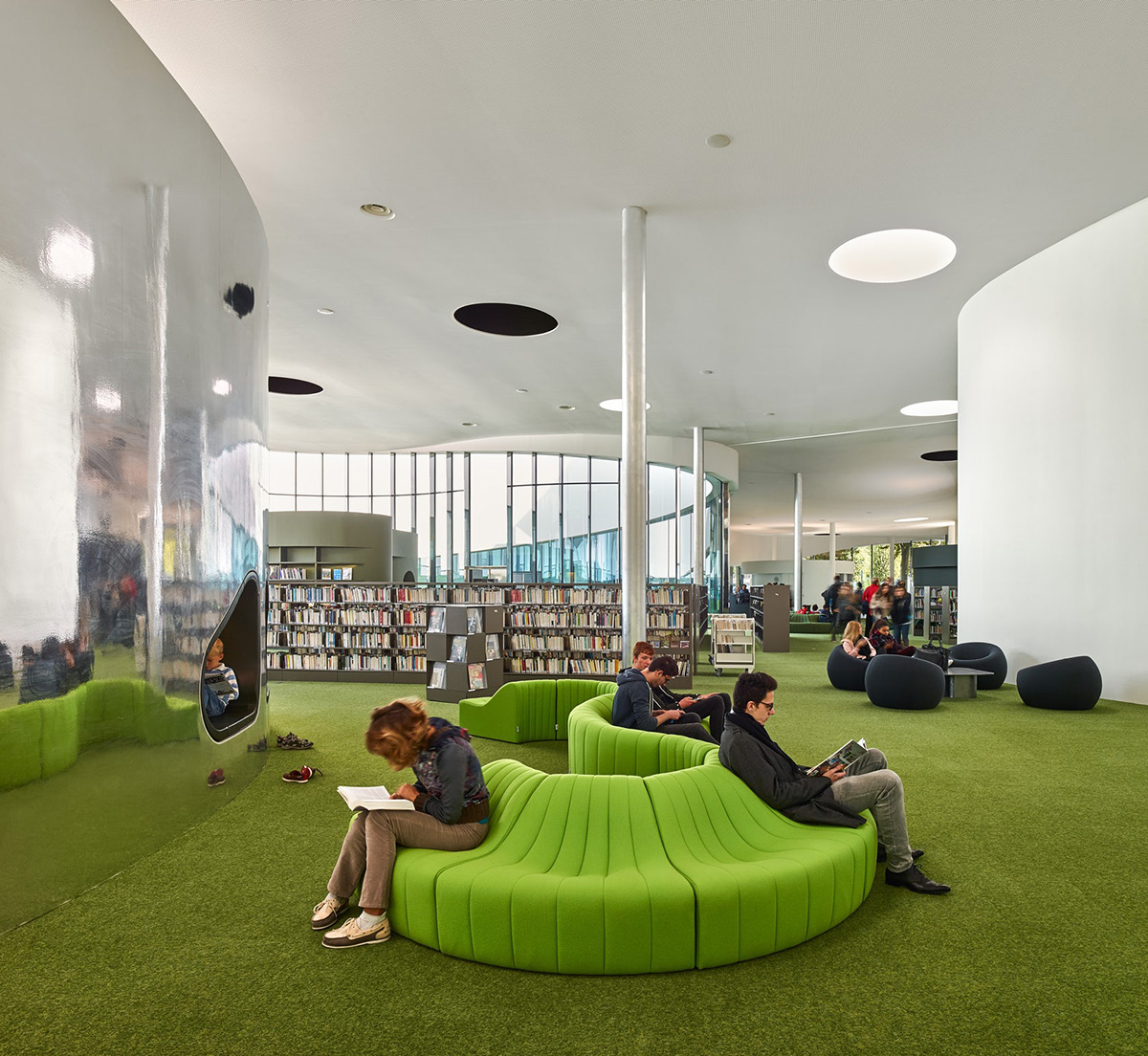 02-media-library-thirt-place-dominique-coulon-associes