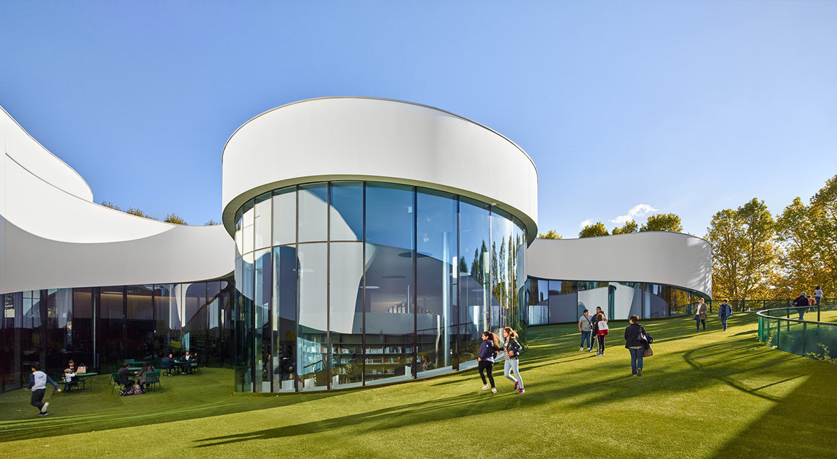 08-media-library-thirt-place-dominique-coulon-associes