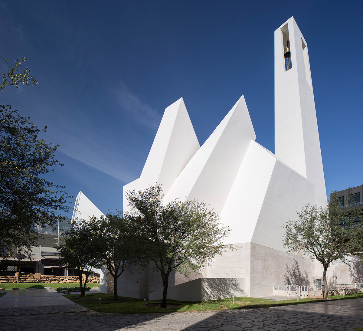 02-iglesia-senor-la-misericordia-moneo-brock