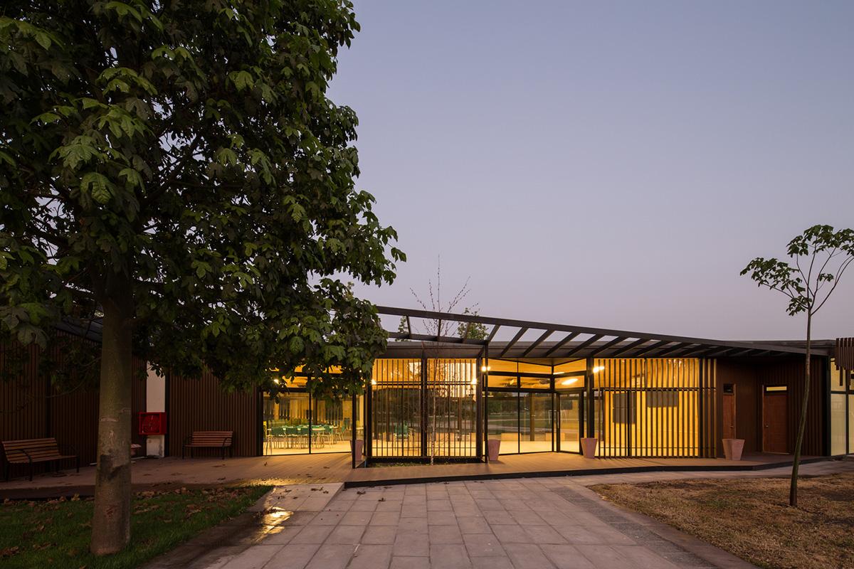 05-arquitectura-chilena-centro-de-arte-y-cultura-por-furman-huidobro-foto-nico-saieh