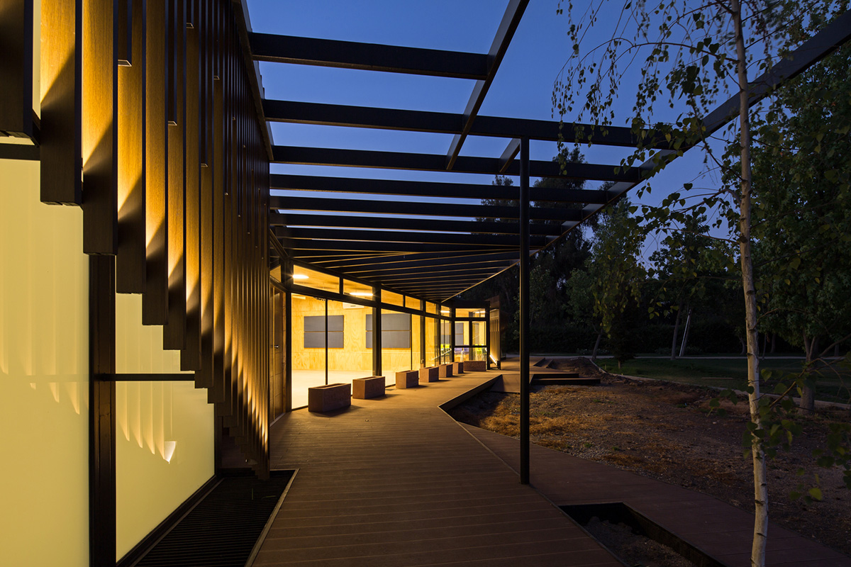 07-arquitectura-chilena-centro-de-arte-y-cultura-por-furman-huidobro-foto-nico-saieh