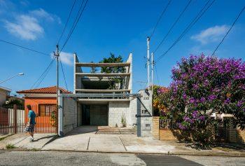 01-casa-mipibu-terra-e-tuma-arquitetos-foto-nelson-kon