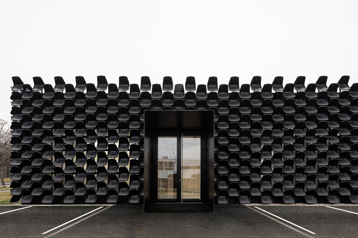02-showroom-my-dva-chybik-kristof-architects-foto-lukas-pelech