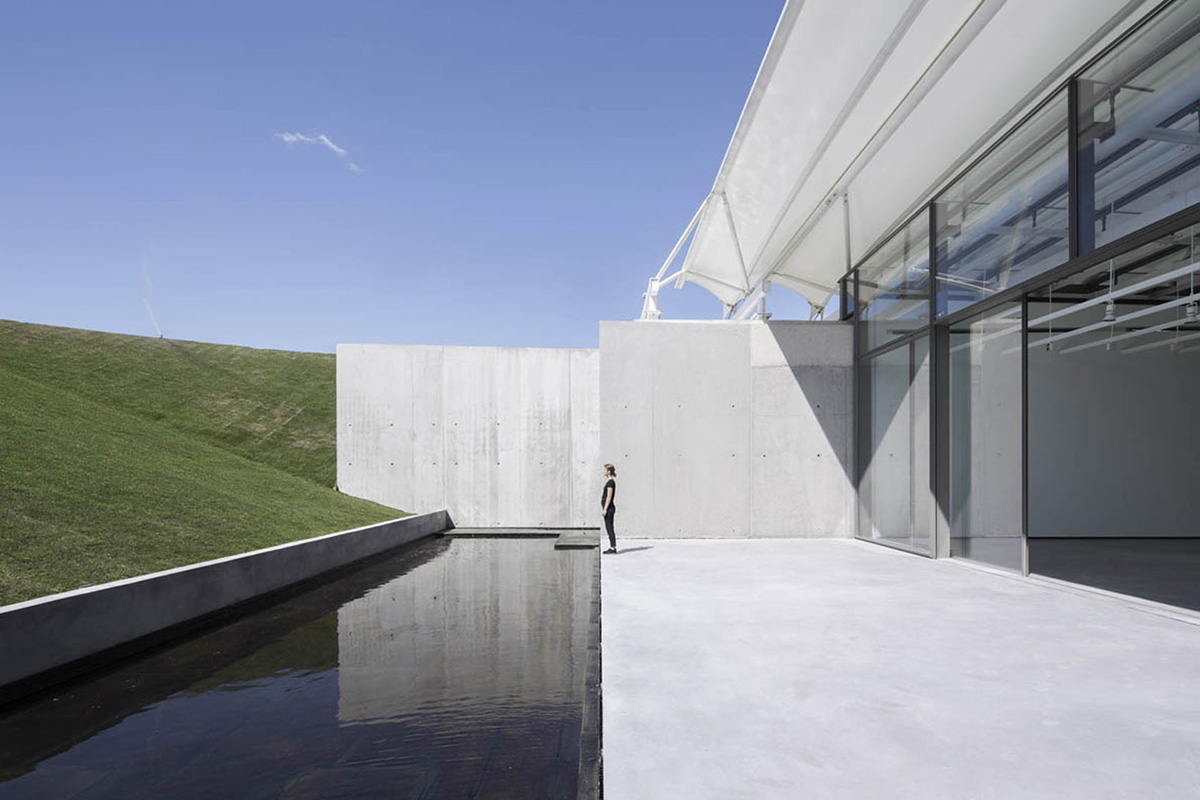 03-chateau-la-coste-art-gallery-renzo-piano-building-workshop