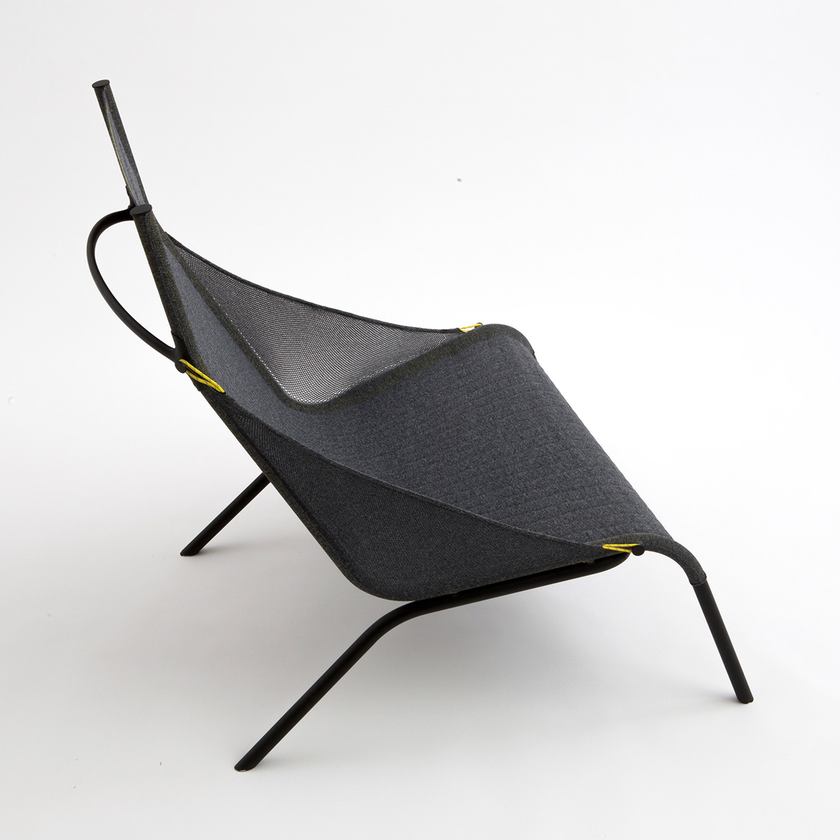 03-tent-chair-layer-design
