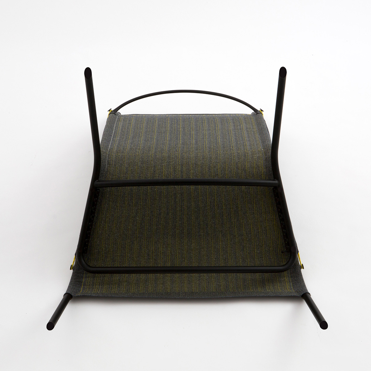 05-tent-chair-layer-design