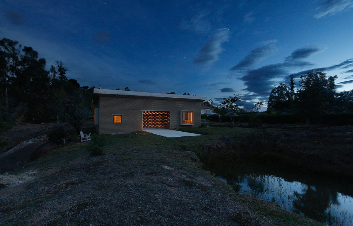 08-casa-tierra-arango-arquitecto