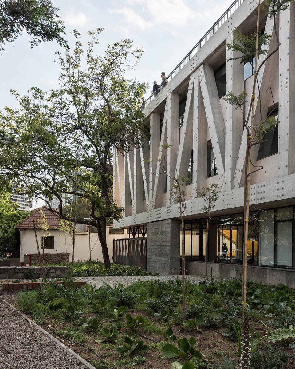 10-arquitectura-chilena-edificio-escuela-arquitectura-uc-gonzalo-claro