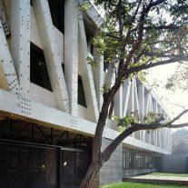 11-arquitectura-chilena-edificio-escuela-arquitectura-uc-gonzalo-claro