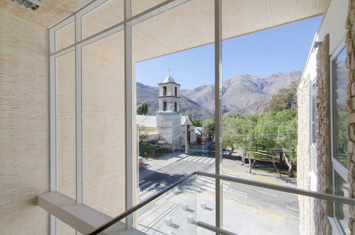 04-arquitectura-chilena-edificio-consistorial-alto-del-carmen-espiral-arquitectos-iglesis-prat
