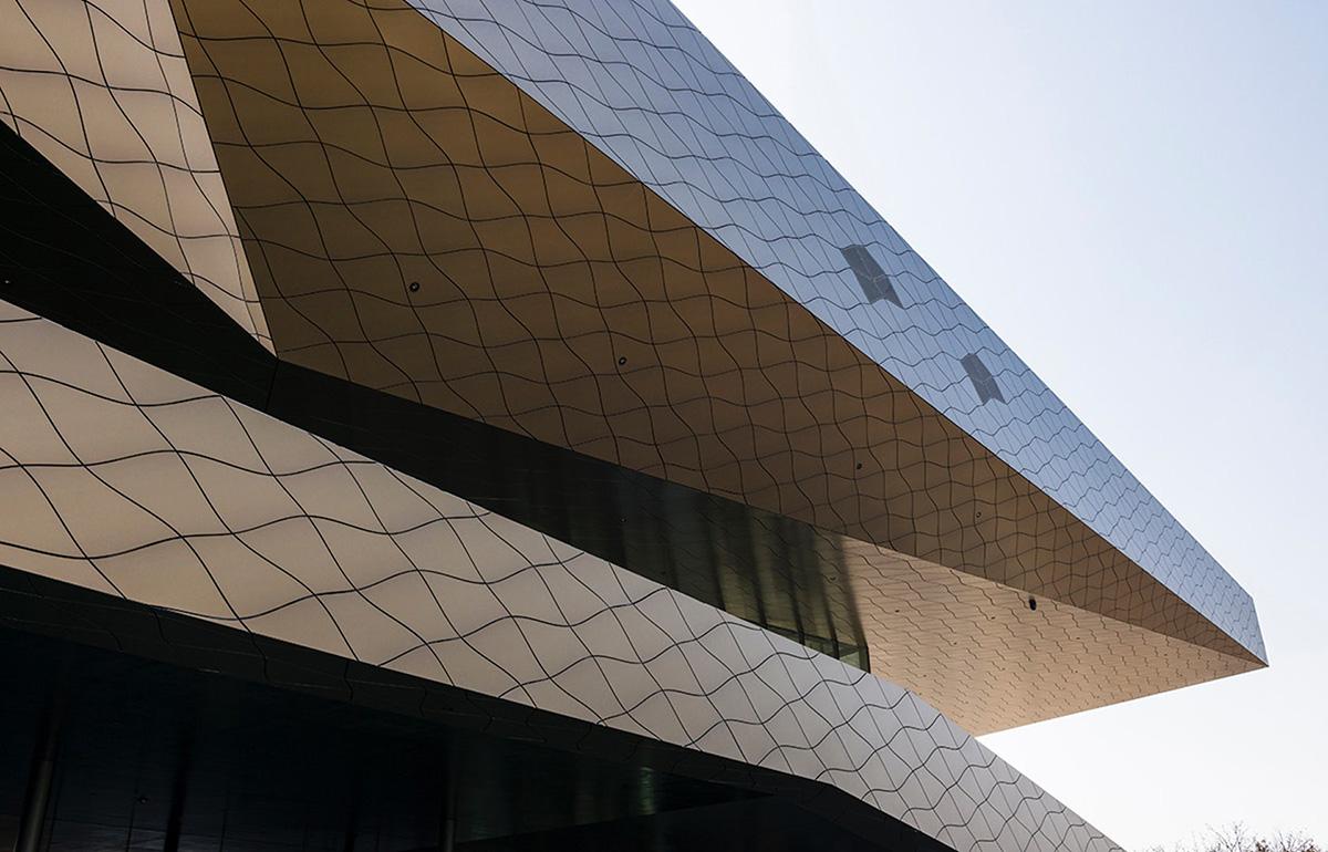 04-hyundai-motorstudio-goyang-delugan-meissl-associated-architects