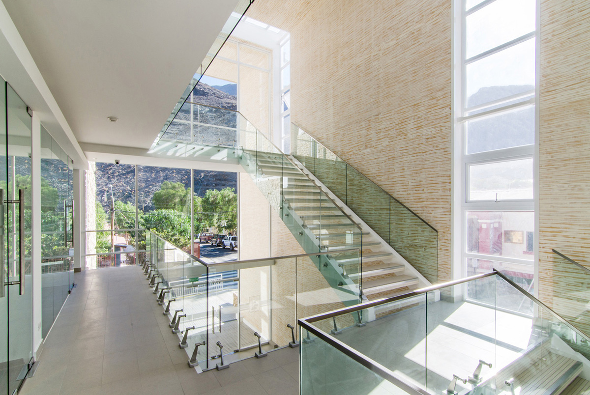 06-arquitectura-chilena-edificio-consistorial-alto-del-carmen-espiral-arquitectos-iglesis-prat