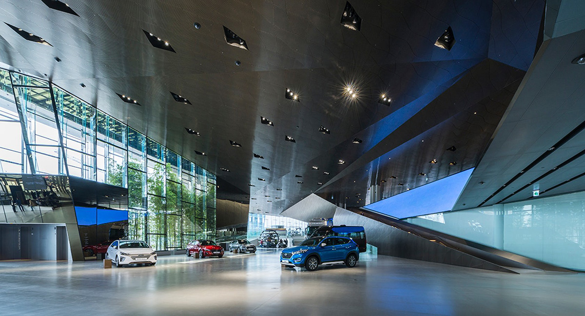 07-hyundai-motorstudio-goyang-delugan-meissl-associated-architects