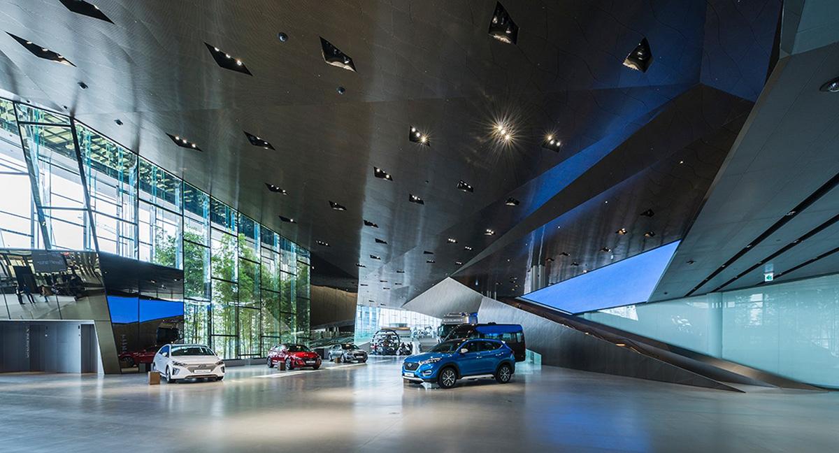 07-hyundai-motorstudio-goyang-delugan-meissl-associated-architects
