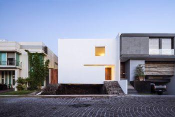 01-casa-la-cueva-abraham-cota-paredes