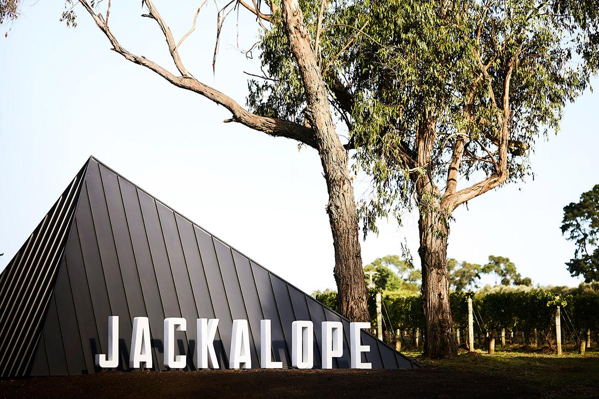 04-hotel-jackalope-carr-studio