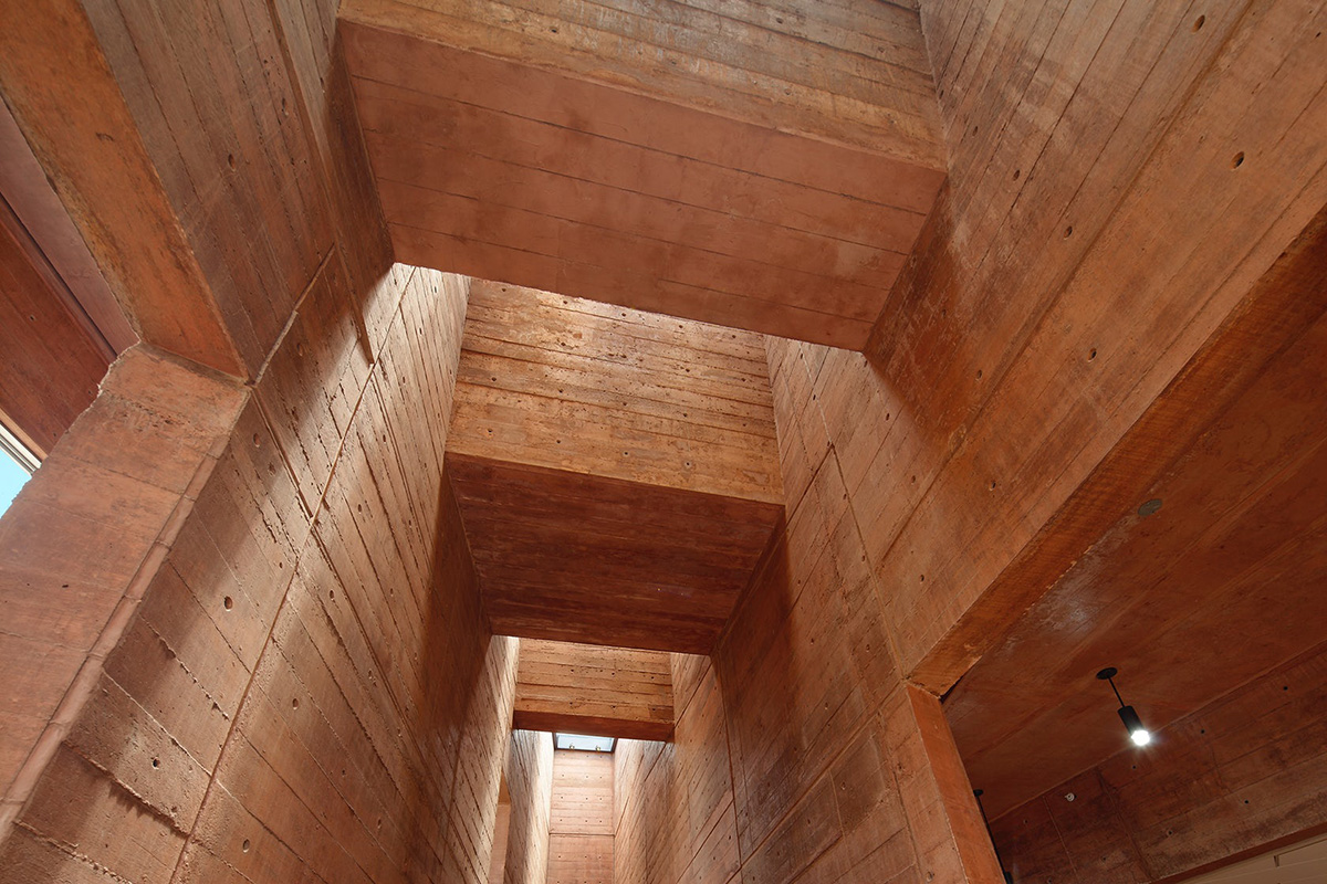 07-biblioteca-ciencias-ingenieria-arquitectura-pucp-foto-juan-solano-ojasi