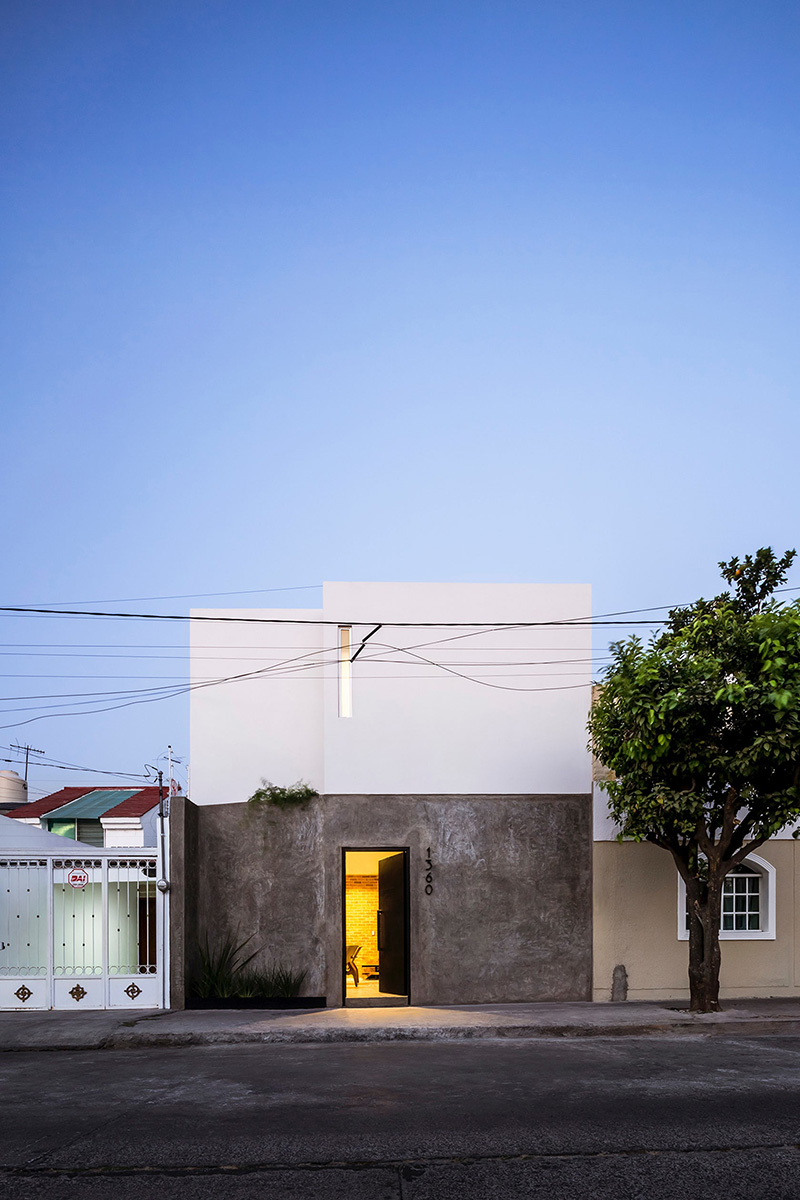 02-casa-foraste-taller-11-arquitectos-foto-cesar-bejar