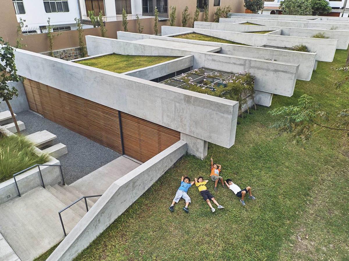 02-plaza-cultural-norte-oscar-gonzalez-moix-foto-ramiro-del-carpio