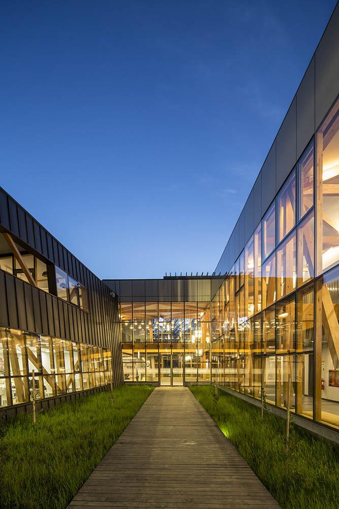 03-arquitectura-chilena-campus-arauco-gdn-foto-aryeh-kornfeld
