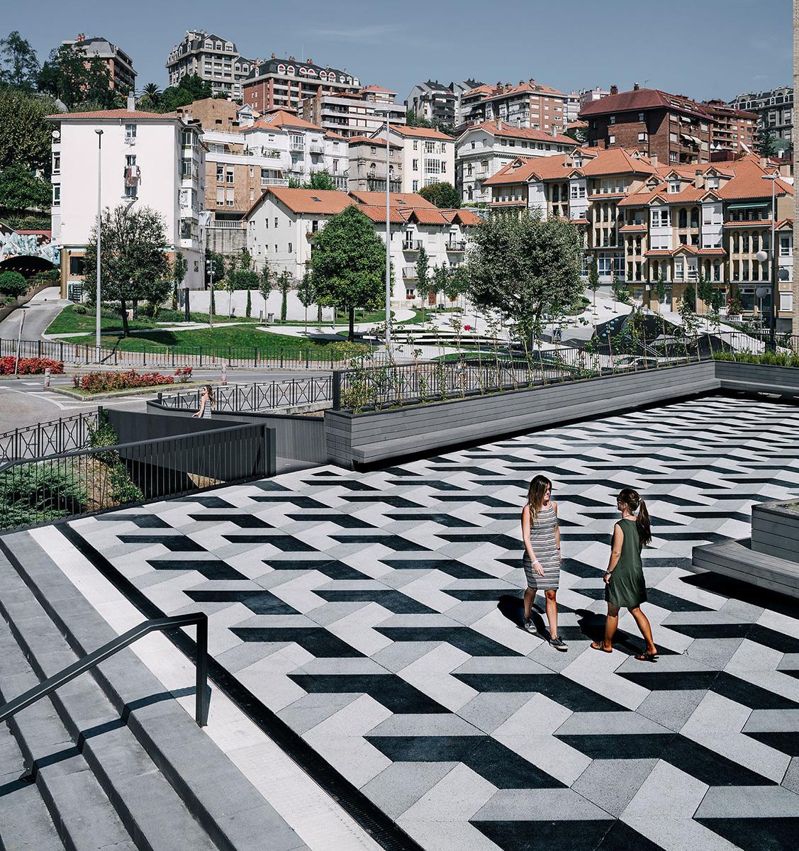 04-puertochico-plaza-mercado-garciagerman-arquitectos-foto-imagen-subliminal