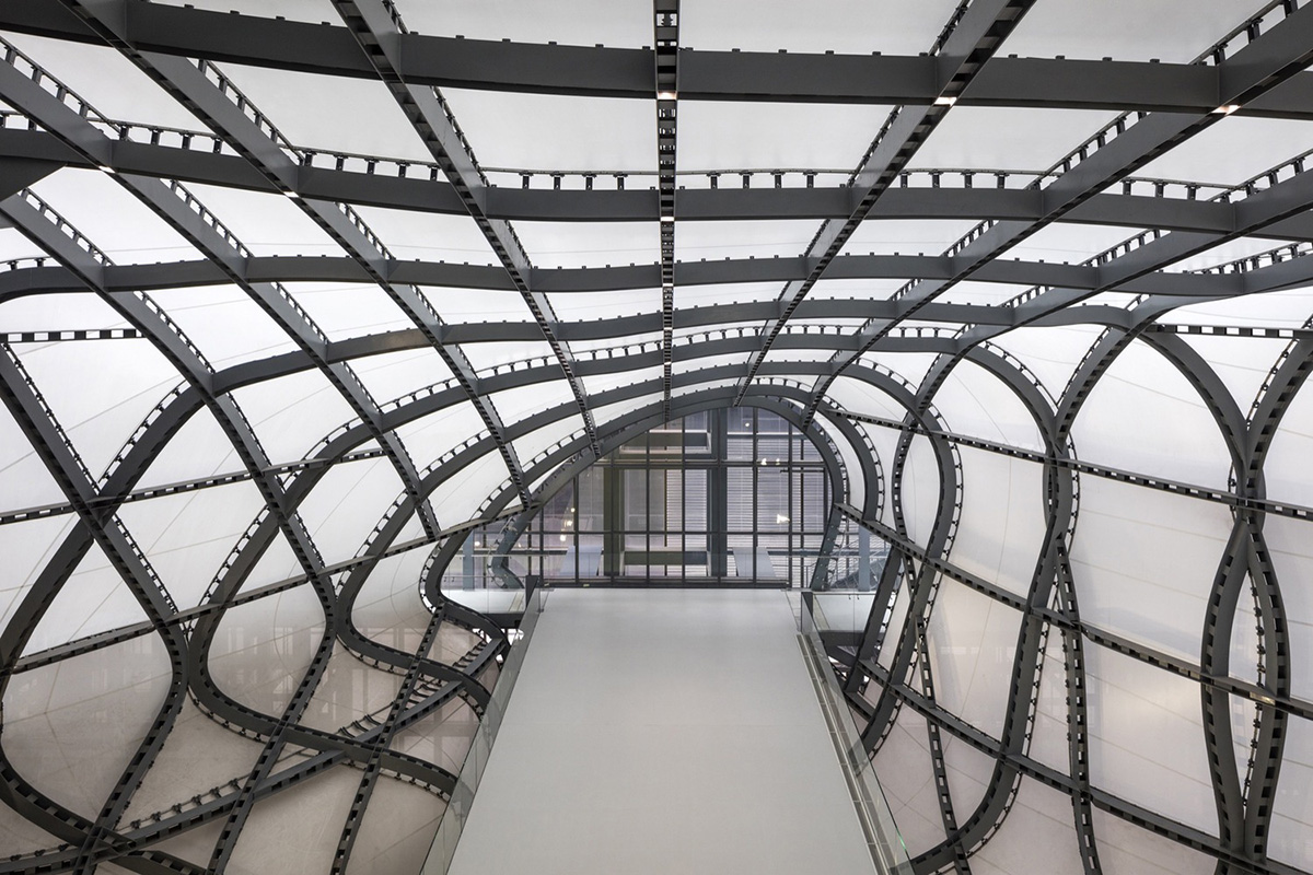 04-rome-eur-convention-centre-and-hotel-fuksas
