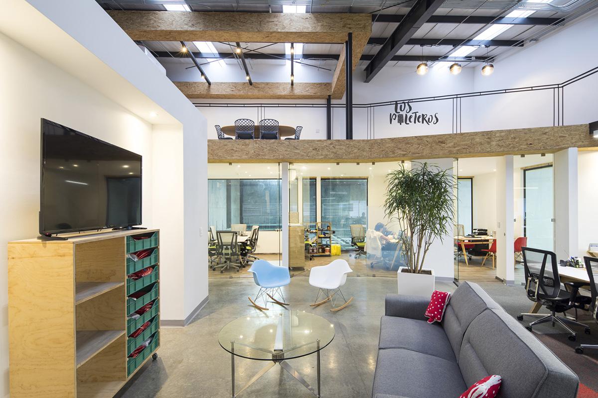 06-oficinas-los-paleteros-tactic-architects
