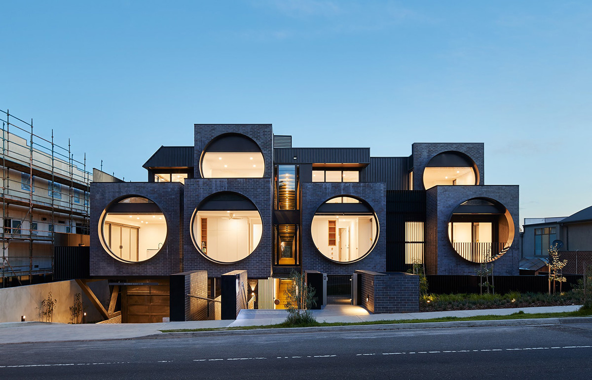 01-cirqua-apartments-bkk-architects