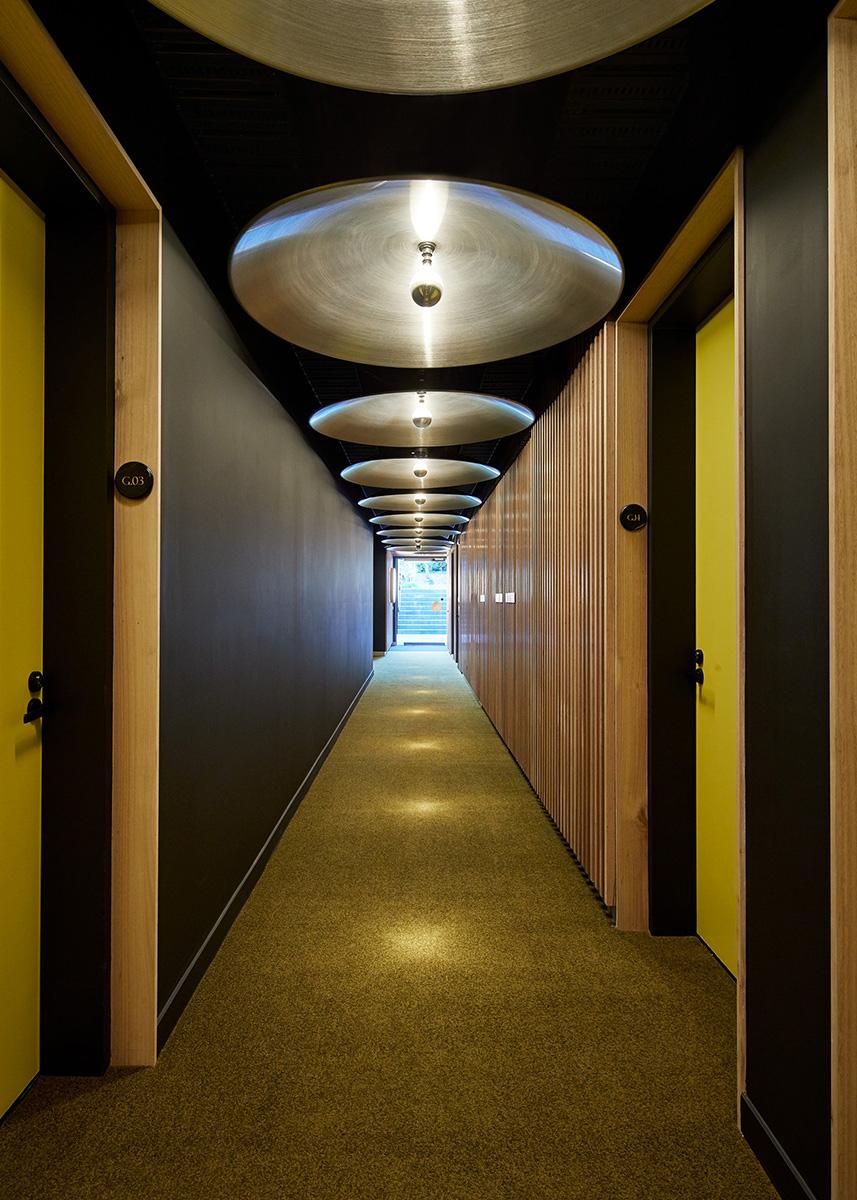 04-cirqua-apartments-bkk-architects