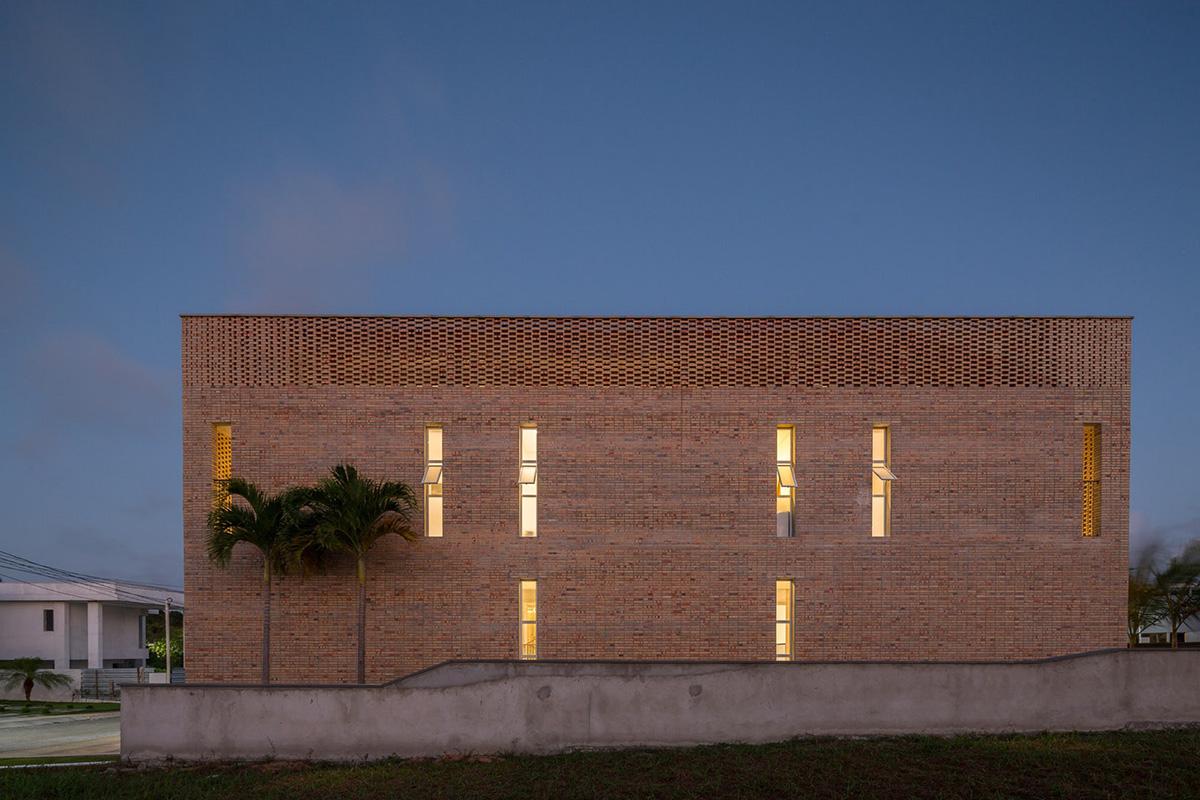 04-ks-house-arquitetos-associados-foto-joana-franca