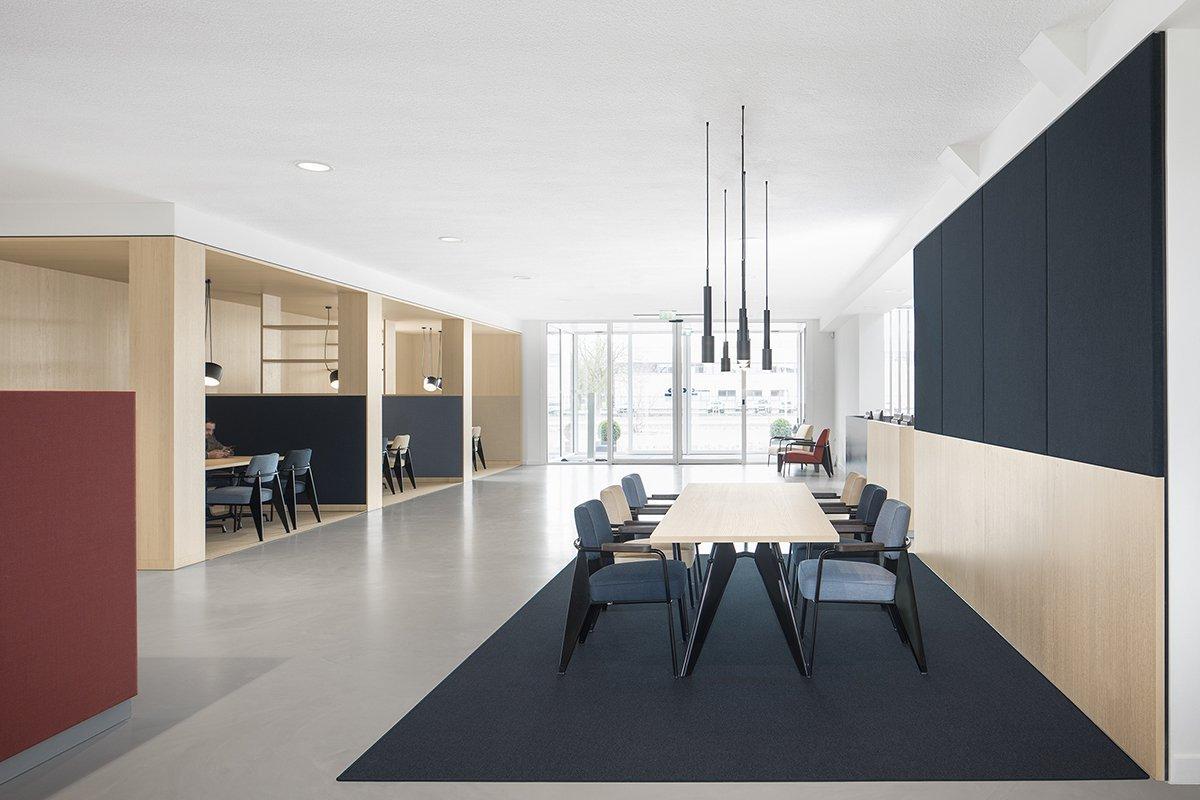 02-public-05-bkr-i29-interior-architects