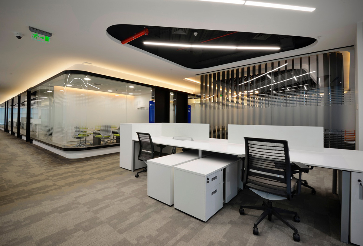 Ambientes oficinas liberty seguros por workplaces for Oficina seguros