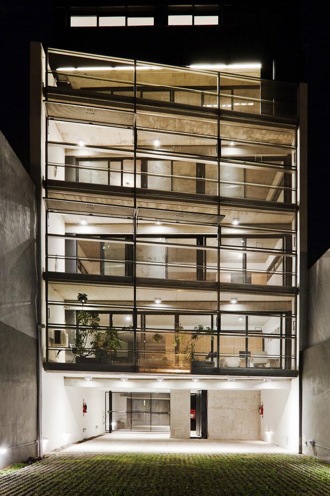01-edificio-multifuncional-estudio-dayan