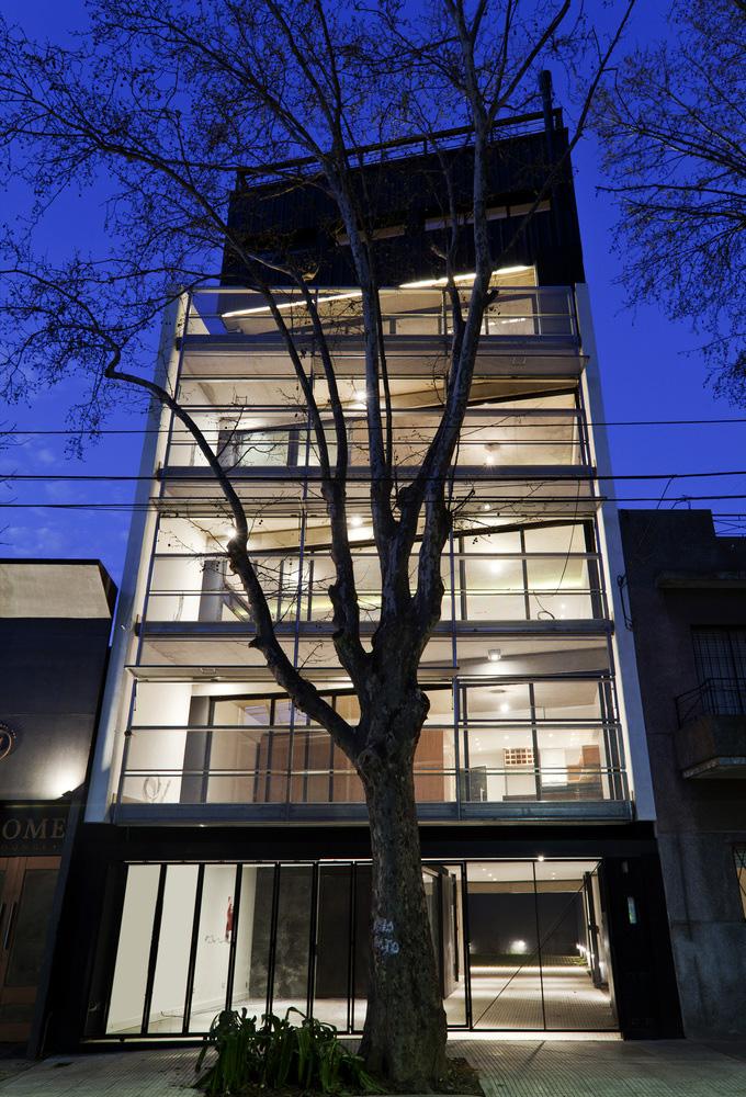 02-edificio-multifuncional-estudio-dayan