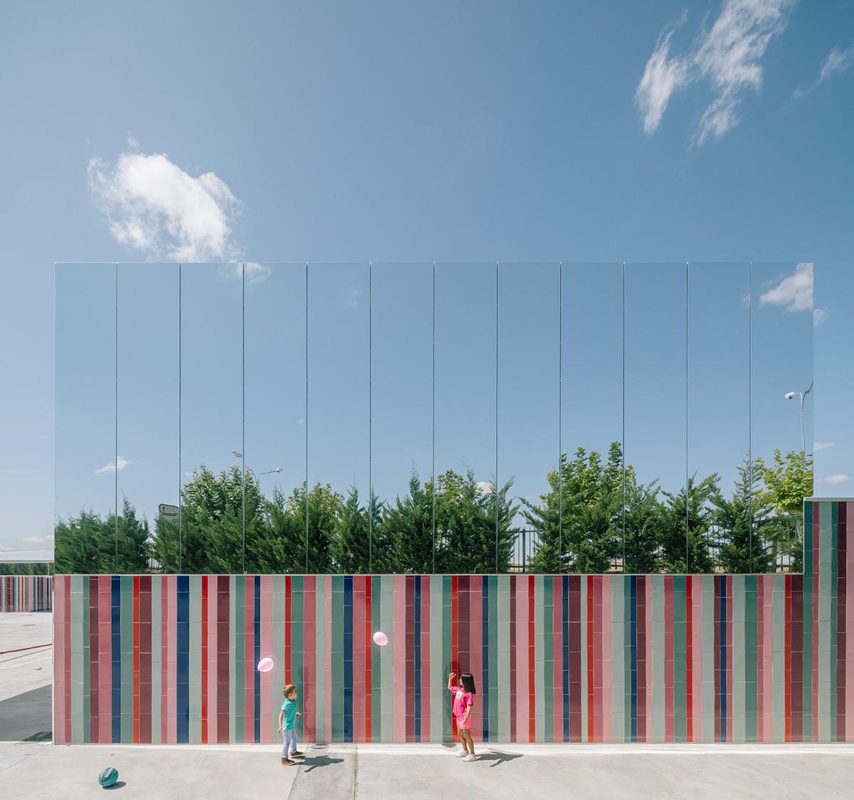 04-colegio-casi-invisible-ablm-arquitectos-foto-miguel-de-guzman