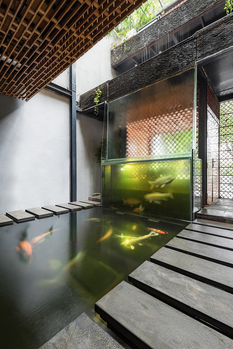 04-koi-cafe-farming-studio
