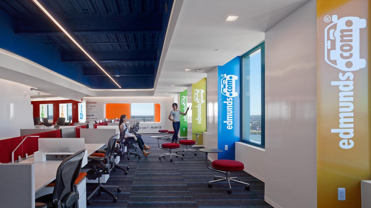 10-oficinas-edmunds-com-mm-creative