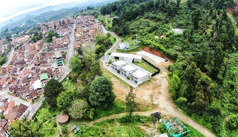 11-parque-educativo-raices-taller-piloto-arquitectos-foto-sebastian-giraldo