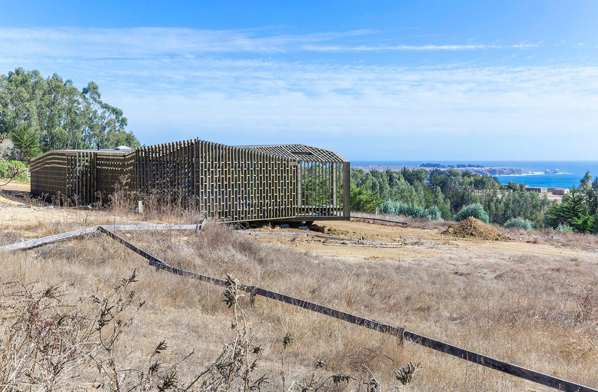 03-arquitectura-chilena-casa-casi-cubo-land-arquitectos-foto-sergio-pirrone