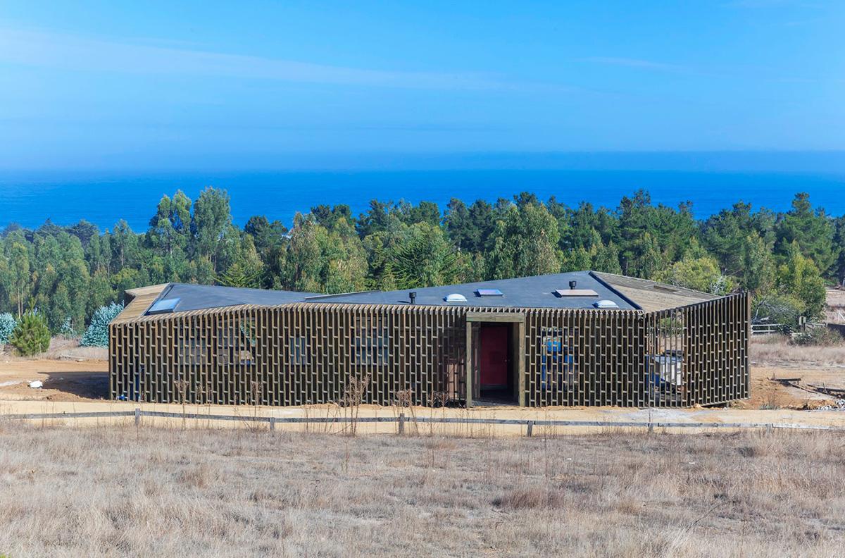 04-arquitectura-chilena-casa-casi-cubo-land-arquitectos-foto-sergio-pirrone
