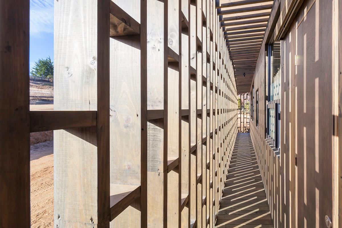 06-arquitectura-chilena-casa-casi-cubo-land-arquitectos-foto-sergio-pirrone