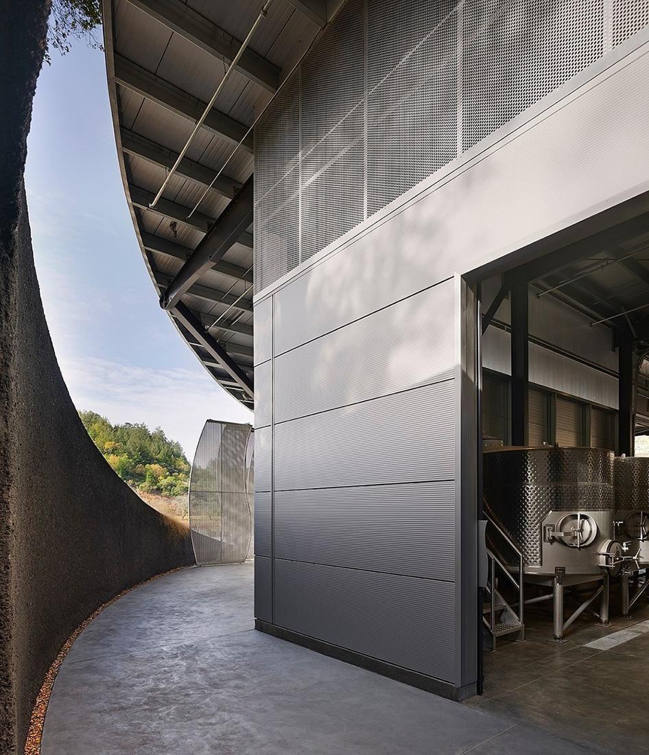 07-odette-estate-winery-signum-architecture