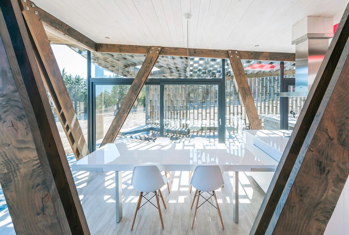 08-arquitectura-chilena-casa-casi-cubo-land-arquitectos-foto-sergio-pirrone