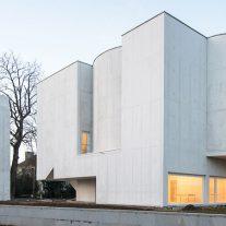 11-iglesia-saint-jacques-la-lande-alvaro-siza-vieira-foto-joao-morgado