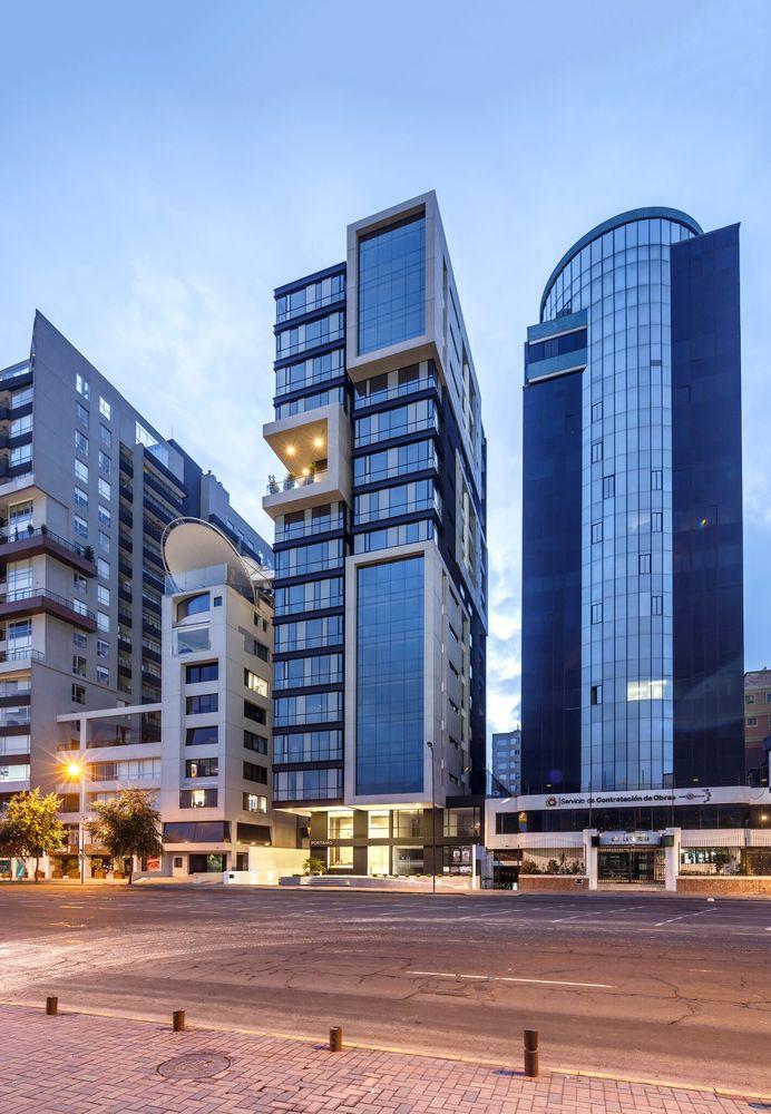02-edificio-portimao-esteban-shaell-duthan