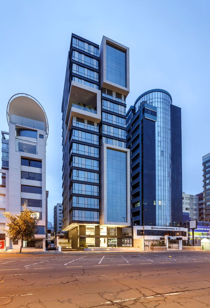 03-edificio-portimao-esteban-shaell-duthan